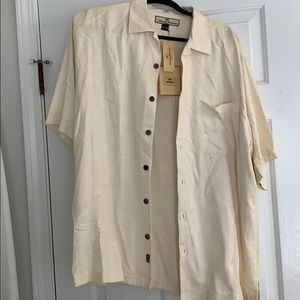 Tommy Bahama Men's silk shirt size M